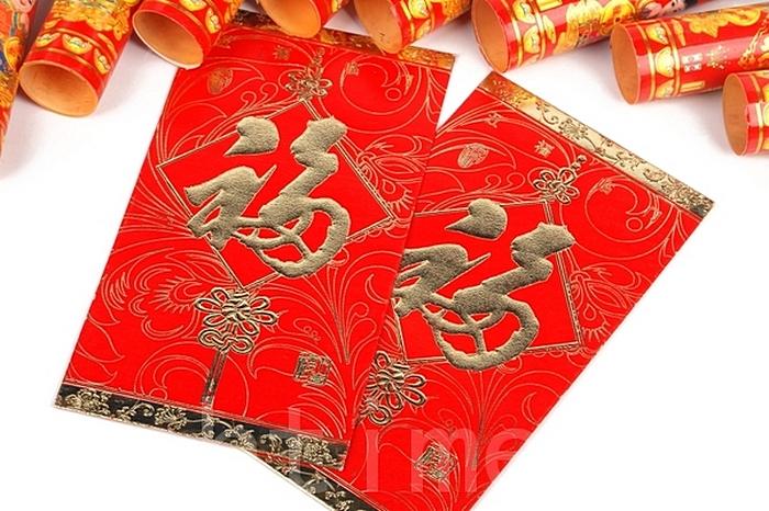 Традиционные новогодние красные конверты в Китае используют для взяток. Фото: Fotolia