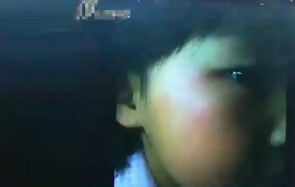 У пятилетней девочки опухло лицо после десятков пощёчин «строгой воспитательницы». Город Тайюань провинции Шаньдун. Октябрь 2012 года. Фото с epochtimes.com