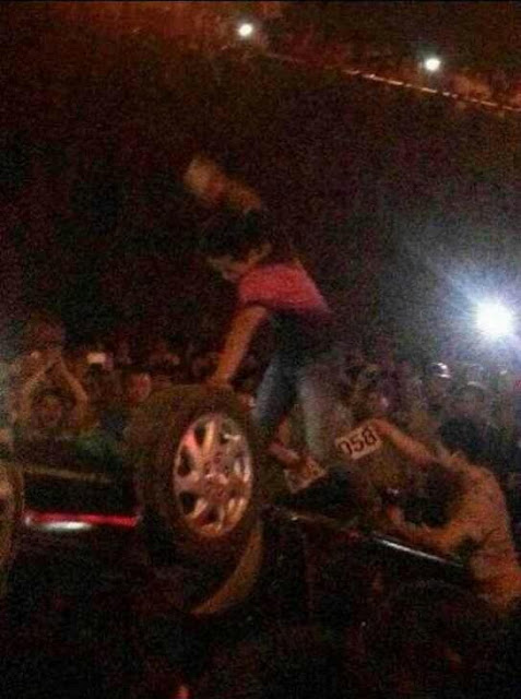 Столкновения местных жителей с полицией. Город Наньнин района Гуанси. Июнь 2013 года. Фото с epochtimes.com