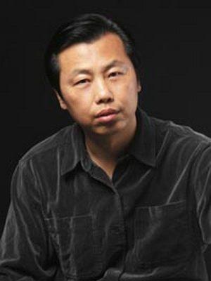 Писатель Ван Сяофан. Фото с baidu.com