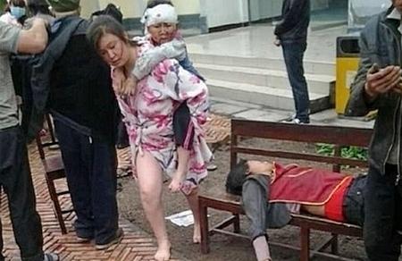 Землетрясение в Китае. Провинция Сычуань. Апрель 2013 год. Фото с epochtimes.com