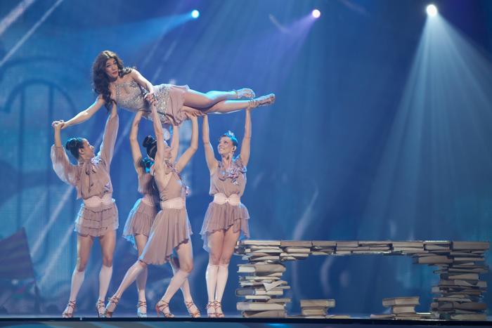 «Евровидение-2012». Фоторепортаж о выступлении финалистов конкурса. Ivi Adamou. Фото: Pablo Blazquez Dominguez/Getty Images