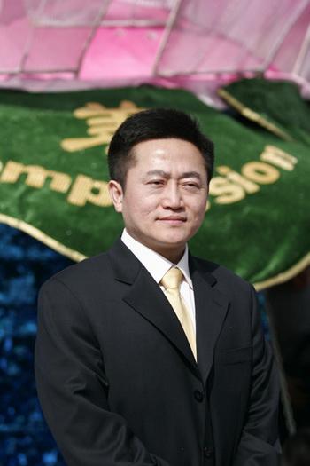 Доктор Чарльз Ли, американец китайского происхождения, был в 2003 году обвинён китайскими властями в «попытке повредить объекты телевизионного вещания» и приговорён к трём годам лишения свободы. Фото: Великая Эпоха (The Epoch Times)
