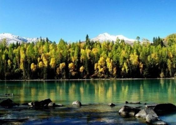 Озеро Канас. Фото с epochtimes.com