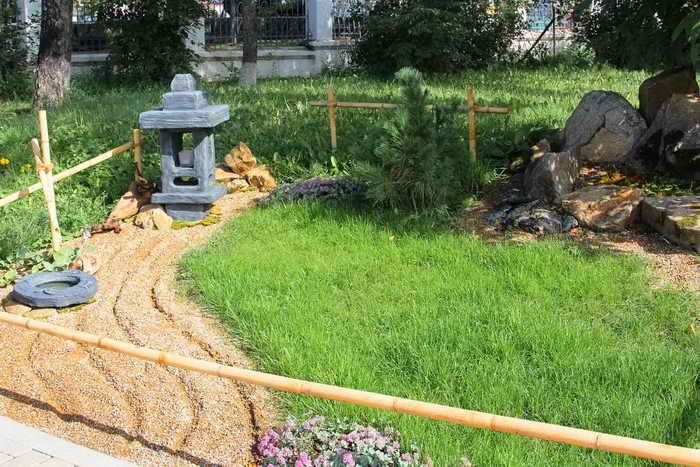Клумба «Японский сад», 2 место. Автор – «Флора – Студия». Фото: Нина Апёнова/Великая Эпоха (The Epoch Times)