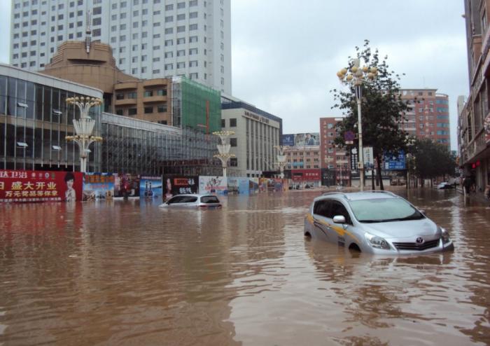 Тайфун «Дамрей» обрушился на провинцию Ляонин. Фото: epochtimes.com