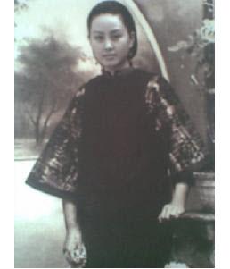 Поэтесса и революционерка Цю Цзинь. Фото с epochtimes.com