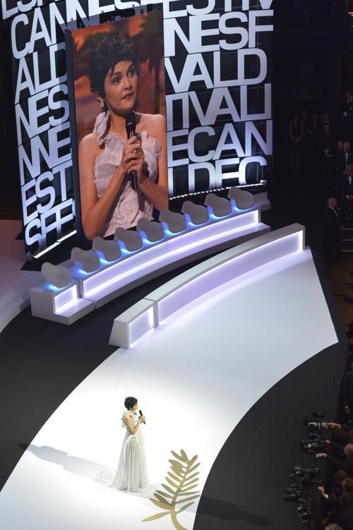Французская актриса и хозяйка церемонии Одри Тату на открытии Каннского кинофестиваля 15 мая 2013 года. Фото: ANTONIN THUILLIER/AFP/Getty Images