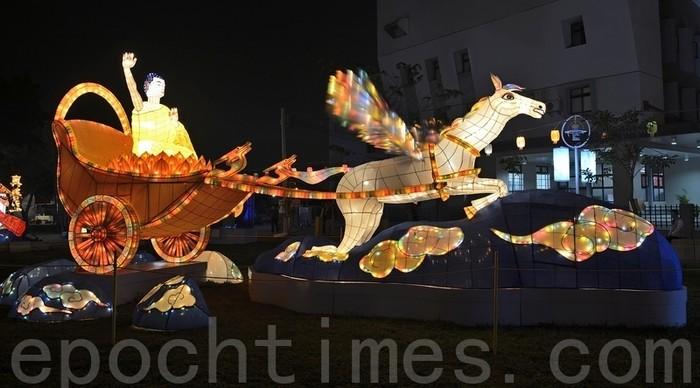 Скульптура «Бог едет на небесной колеснице». Тайвань. 2014 год. Фото: The Epoch Times