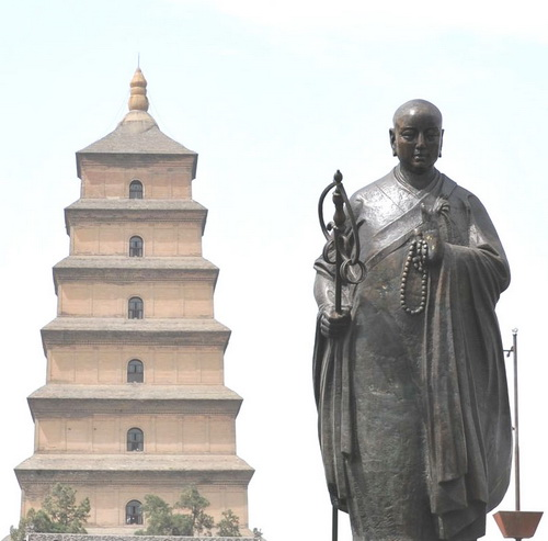 Статуя Сюаньцзана в Большой пагоде Диких Гусей, Сиань. Фото: minghui.org