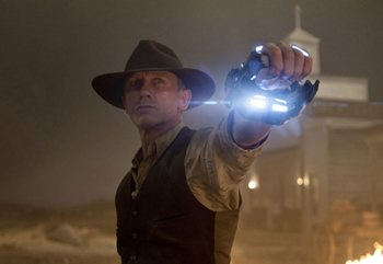 В российские кинотеатры выходит фильм «Ковбои против пришельцев». Фото с  society.lb.ua
