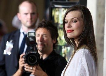 Милла Йовович  сыграет Миледи в  «Трех мушкетерах» своего мужа режиссера Пола Андерсона.  Фото: Frazer Harrison/Getty Images