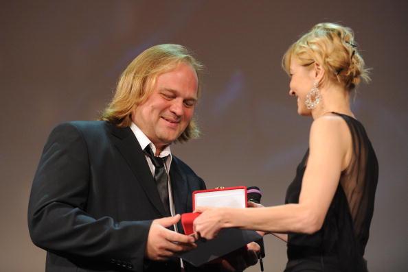 Алексей Федорченко, получил премию за своего оператора за