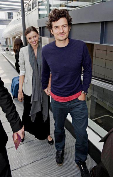 Орландо Блум и Миранда Керр отправились в свадебное путешествие. Фоторепортаж. Фото с сайта popcornnews.ru