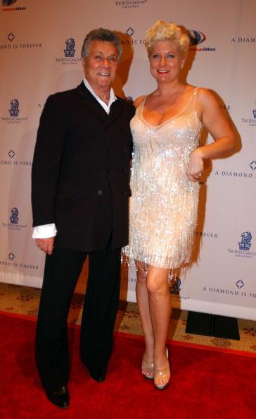 Тони Кертис (Tony Curtis) с женой Джилл Ванденберг Кертис. Фото: Scott Harrison/Getty Images