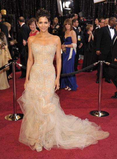 83-я церемония вручения призов Киноакадемии США «Оскар». Холли Берри. Фото: John Shearer/Getty Images