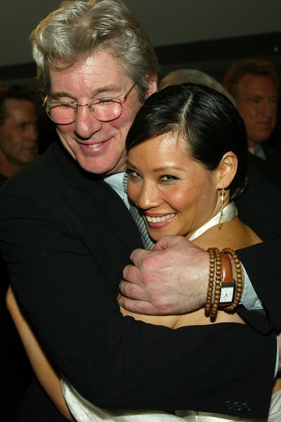 Актер Ричард Гир и актриса Люси Лиу. Фото: Кevin Winter/Getty Images