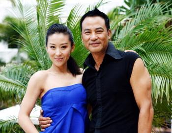 Китайская актриса Мяо Пу и гонконгский актер Саймон Ям. Фото: Gaye Gerard/Getty Images