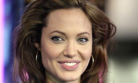 Самые прекрасные дамы десятилетия/ 1 место: Анджелина Джоли. Фото: Scott Gries/Getty Images