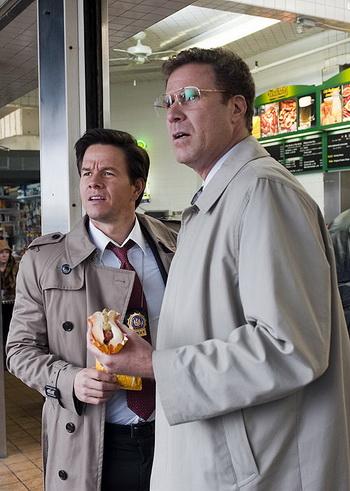 Уилл Феррелл и Марк Уолберг в комедии «Копы в глубоком запасе». Фото с сайта zap2it.com