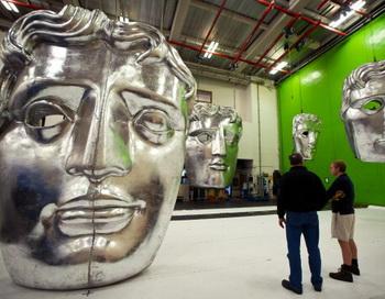 Идет подготовка к церемонии вручения призов «Золотая маска». Фото: Ian Gavan/Getty Images