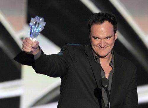 15 ежегодная церемония присуждения наград Ассоциации Кинокритиков, Голливуд, Калифорния. 15 января 2010 года. Квентин Тарантино удостоился награды за лучший оригинальный сценарий к фильму «Бесславные ублюдки». Фото: Kevin Winter/Getty Images for VH1