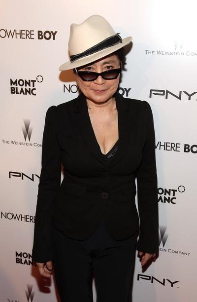 «Стать Джоном Ленноном». Супруга покойного Леннона Йоко Оно посетила премьеру фильма «Стать Джоном Ленноном» в Нью-Йорке. Фото: Donald Bowers/Getty Images for The Weinstein Company