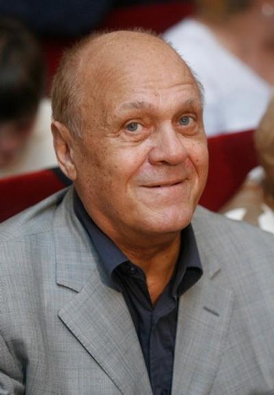 Год Белого Кролика. Владимир Меньшов. Фото с сайта aptvisit.r