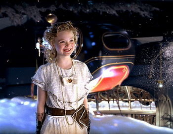 «Щелкунчик и Крысиный король 3D». Эль Фаннинг в роли Мэри. Фото с сайта filmz.ru