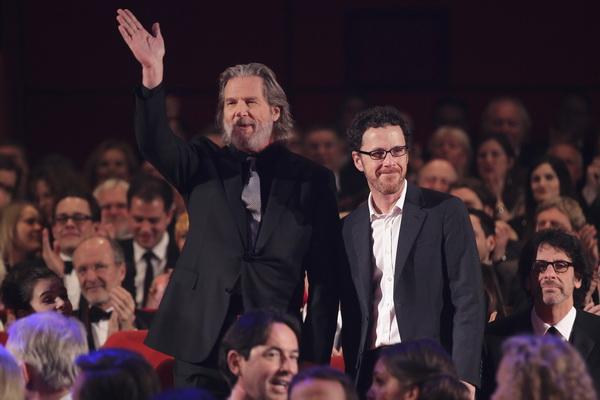 Джэфф Бриджес и Этан Коэн на открытии Кинофестиваля Berlinale 2011. Фото: Sean Gallup/Getty Images