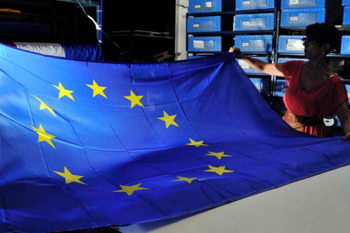 Страны ЕС имеют гораздо больше долгов, чем считалось ранее. Фото: PHILIPPE HUGUEN/AFP/Getty Images