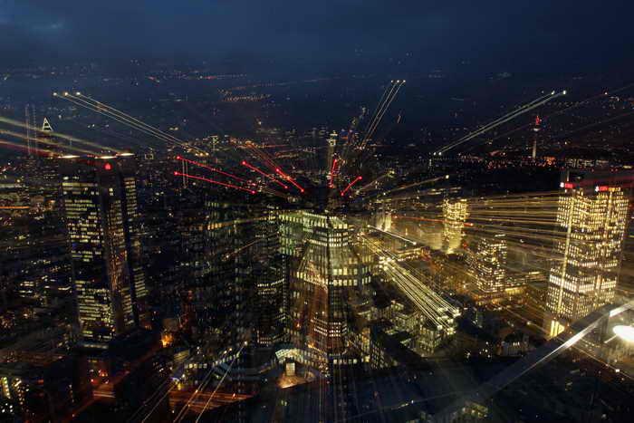 Небоскрёбы Франкфурта-на-Майне вполне сравнимы с высотными зданиями легендарного американского мегаполиса. Фото: Alex Grimm/Getty Images