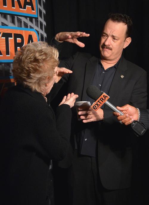 Холланд Тейлор и том Хэнкс на пресс-приёме в Нью-Йорке. Фото: Mike Coppola/Getty Images for Tony Awards Productions