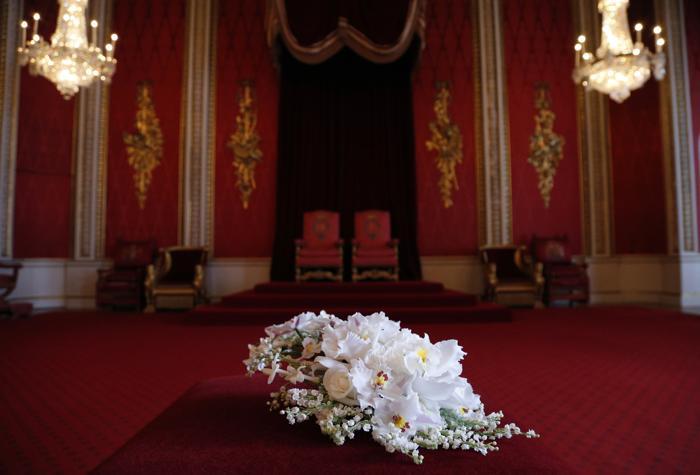 Букет для королевы Елизаветы II, воссозданный к юбилею коронации королевы. Фото: Jonathan Brady - WPA Pool/Getty Images