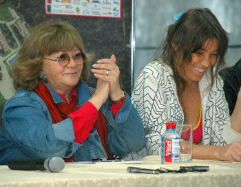 Алла Сурикова (слева), Мария Безрук (справа). Фото: Юлия Цигун/Великая Эпоха