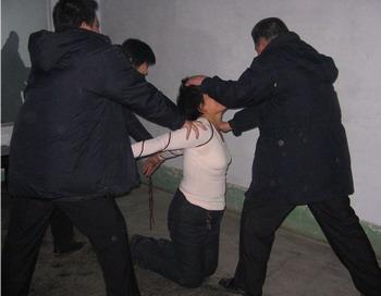 Китай: Насилие 2010. Фото: сайт Минхуэй
