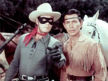 Одинокий рейнджер и Тинто в исполнении Клейтона Мура и Джея Сильверхилс. Фото с screenrant.com