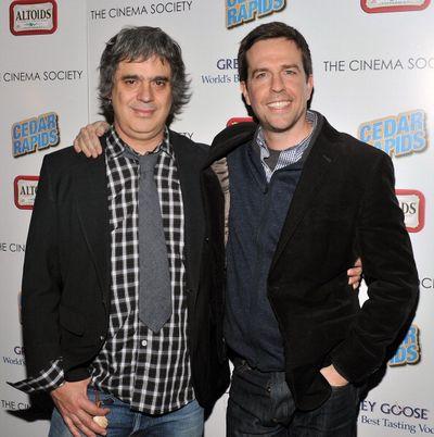 «Совсем не бабник». Режиссер Мигель Артета и актер Эд Хелмс на показе фильма «Совсем не бабник» в Нью-Йорке. Фото: Stephen Lovekin/Getty Images