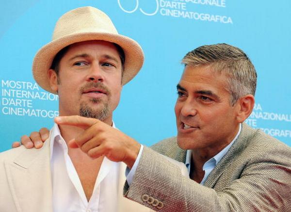 Джордж Клуни. Брэд Питт и Джордж Клуни на Венецианском кинофестивале в 2008 году. Фото: ALBERTO PIZZOLI/AFP/Getty Images