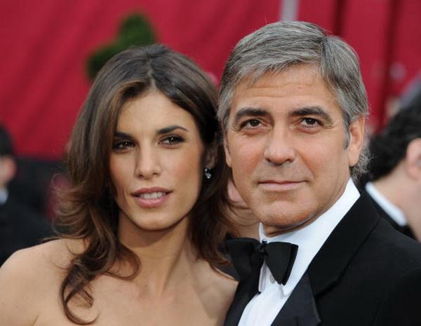 Джордж Клуни. Джордж Клуни со своей девушкой Элизабет Каналис на 82-й церемонии вручения призов «Оскар». 2010 год. Фото: MARK RALSTON/AFP/Getty Images
