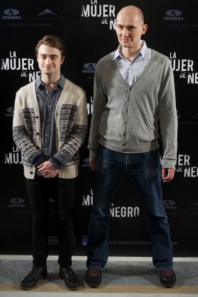 «Женщина в черном». Дэниэл Рэдклифф и режиссер Джеймс Уоткинс на показе фильма в Мадриде, Испания. Фото: Carlos Alvarez/Getty Images