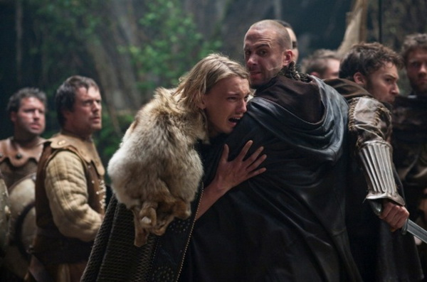 a kings leadership towards the people in camelot the movie Camelot essaysthe main theme of the movie, camelot is about the leadership of king arthur toward his people and betrayal of trust he gave to his wife, queen guinevere and his knight, lancelot.