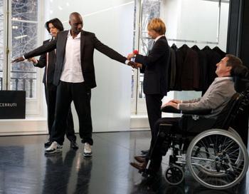 «1+1». Омар Си и Франсуа Клюзе в фильме «1+1». Фото с сайта kino-teatr.ru