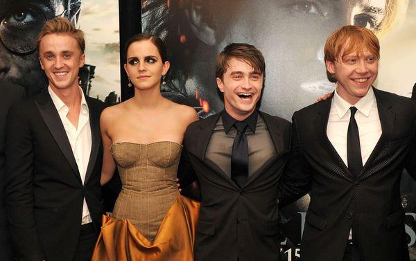Гарри поттер часть 7 актеры аврил лавин с кошками