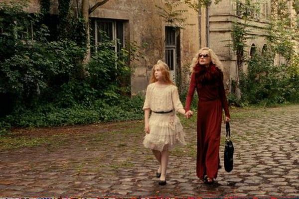 «Моя маленькая принцесса». Анамария Вартоломеи и Изабель Юппер в фильме «Моя маленькая принцесса». Фото с сайта kino-teatr.ru