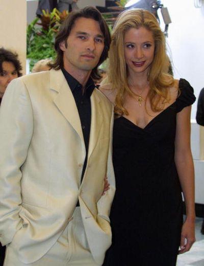 Оливье Мартинес и Мира Сорвино на Венецианском кинофестивале. 2001 год. GABRIEL BOUYS/AFP/Getty Images