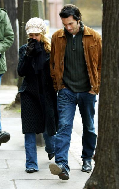 Оливье Мартинес и Кайли Миноуг. 2004 год. Лондон. Фото: Gareth Cattermole/Getty Images
