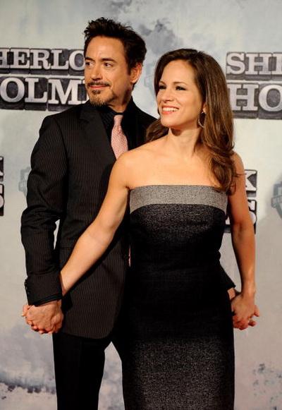 Роберт Дауни мл. и Сюзан Дауни на премьере фильма «Шерлок Холмс». 2010 год. Фото: Carlos Alvarez/Getty Images
