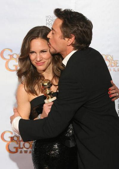 Роберт Дауни мл. и Сюзан Дауни на церемонии вручения «Золотого глобуса». 2010 год. Фото: VALERIE MACON/AFP/Getty Images