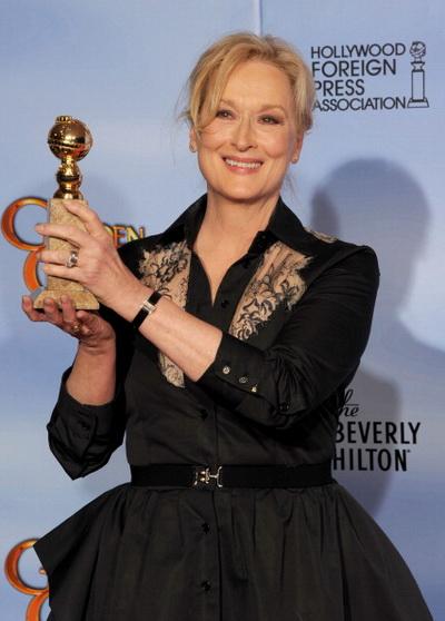 «Железная леди». Мэрил Стрип с призом «Золотой глобус» за лучшую женскую роль в драме «Железная леди». Фото: Kevin Winter/Getty Images